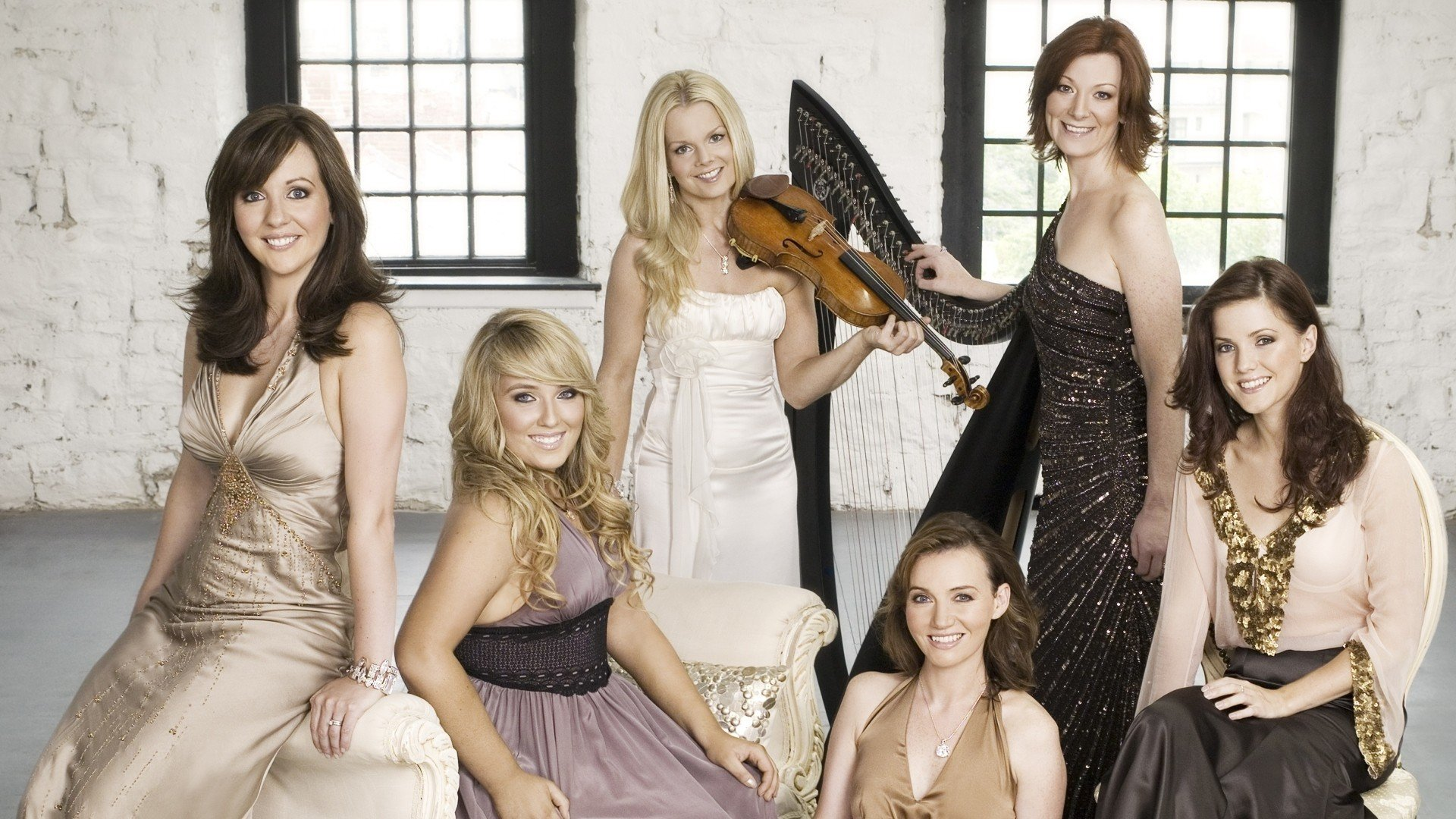 http://ticketcrusader.com/wp-content/uploads/2015/06/celtic-woman-5347b12995392.jpg