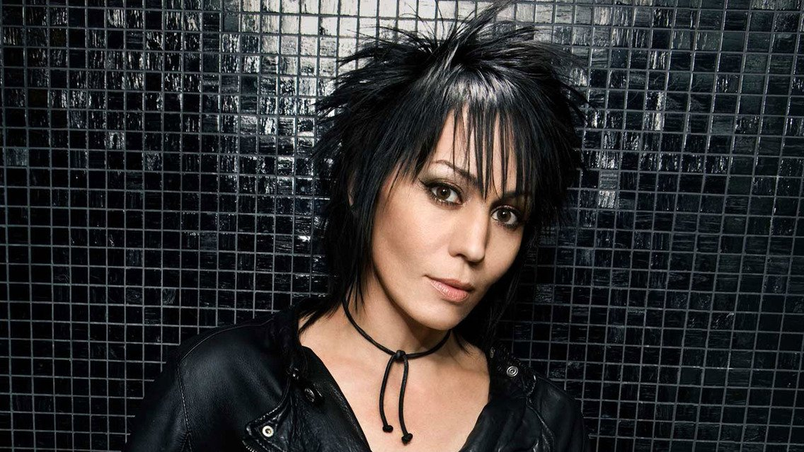 Joan Jett - Topic - YouTube