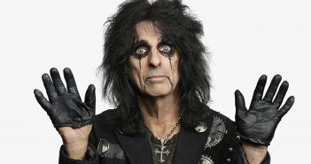Alice Cooper On Tour